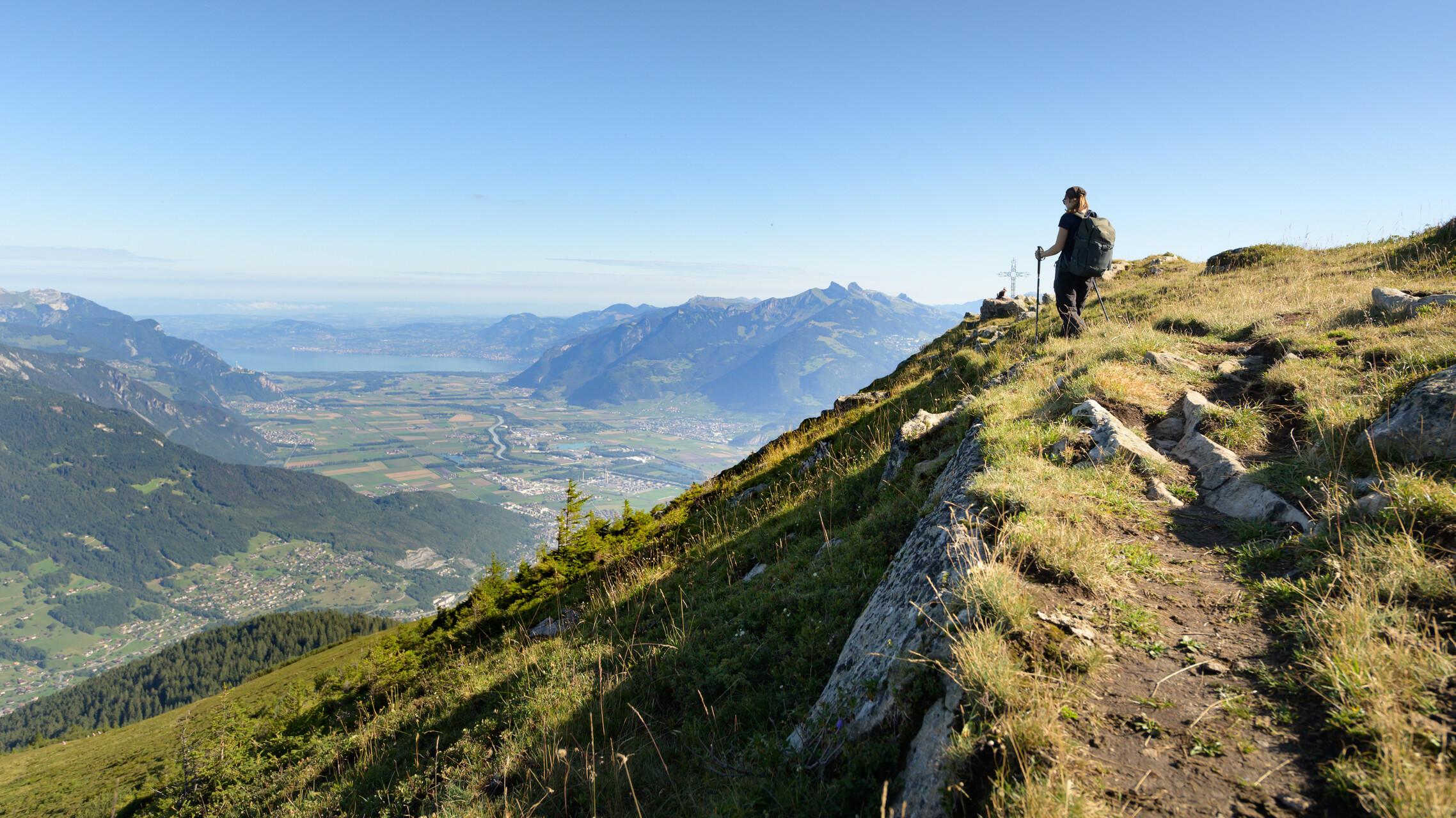 Die Bellevue Spitze macht ihrem Namen alle Ehren, erlaubt sie doch den Ausblick auf das Panorama über dem Genfersee.